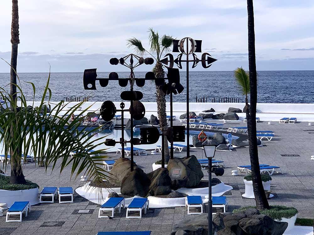 Escultura Los Alisios Lago Martiánez Puerto de La Cruz