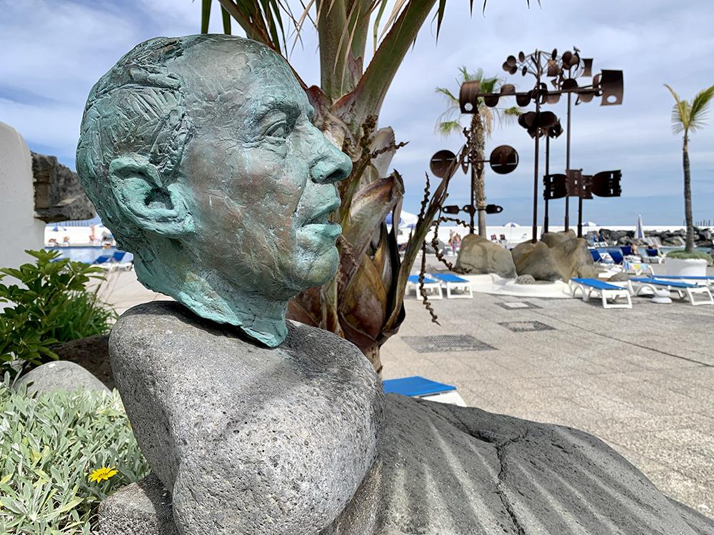 Busto de César Manrique